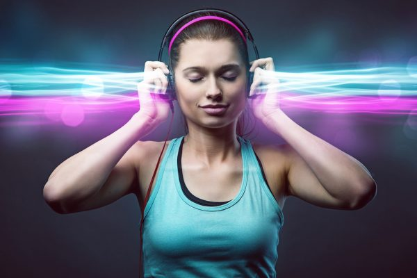 WHAT TO EXPECT AT YOUR FIRST SILENT YOGA DISCO